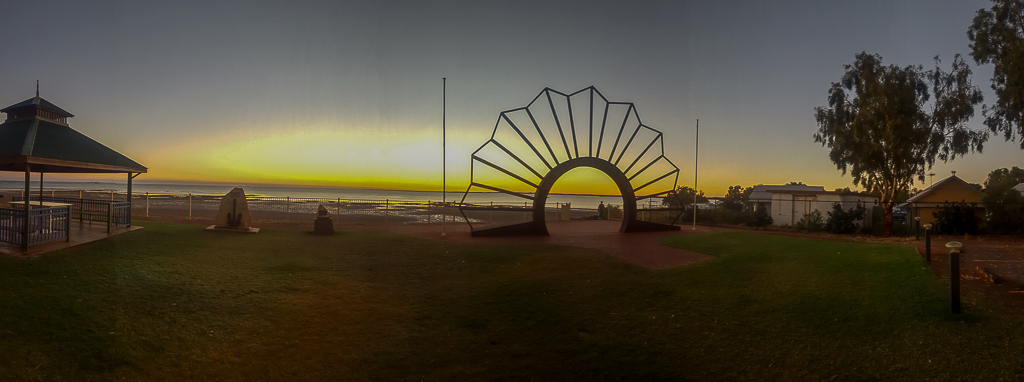 Sunrise ANZAC Memorial